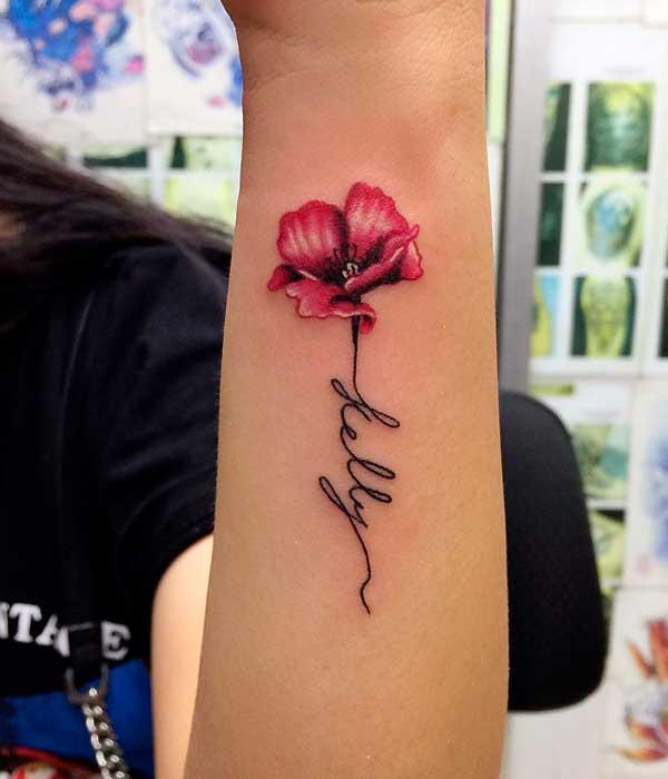 Tatuajes de rosas con tallo