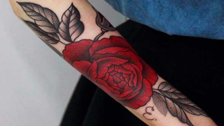 Tatuajes de rosas: 🌹 Significado, diseños, imágenes y más