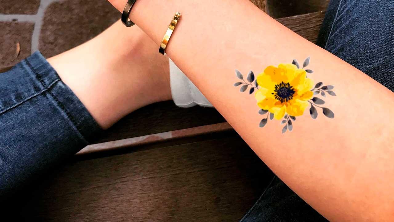 Tatuajes amarillos: 🟡 Significados, diseños de tattoos y más