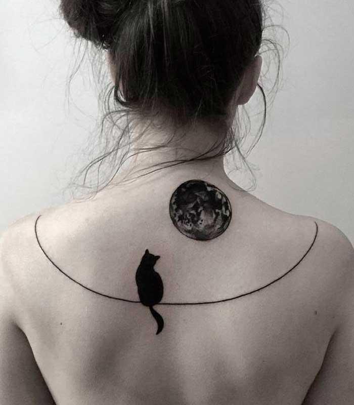 tatuajes de gatos con la luna significado