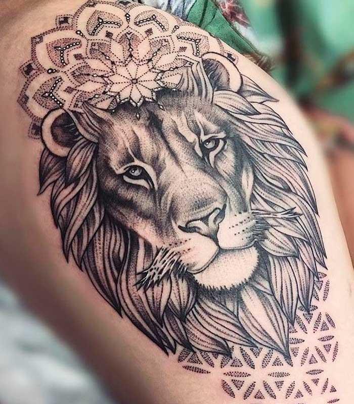 tattoos de leones para chicas