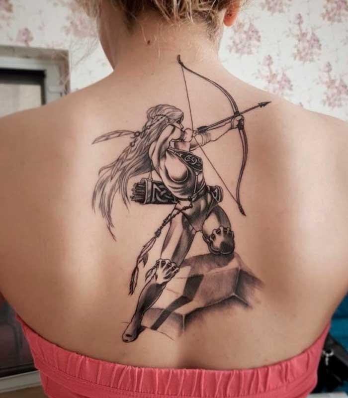 Tatuajes sagitario para mujeres
