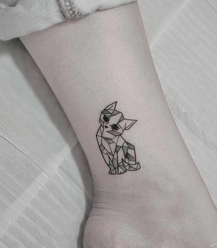 tatuajes geométricos para mujeres