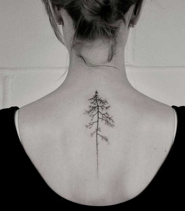 tatuajes de arboles para mujeres